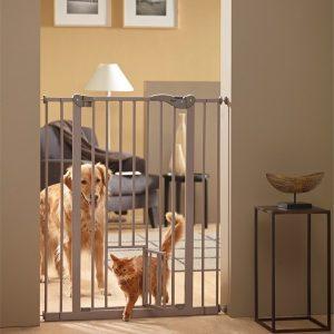 Savic Dog Barrier+small door Перегородка для собак с дверцей